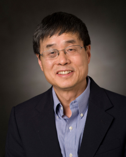 Photo of Qiming Zhang